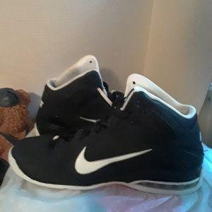 Nike Air Max Full Court 2 Men's Shoe's size 11